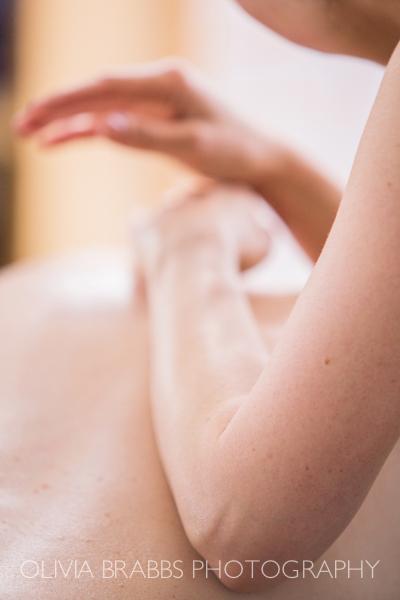 no hands massage therapist