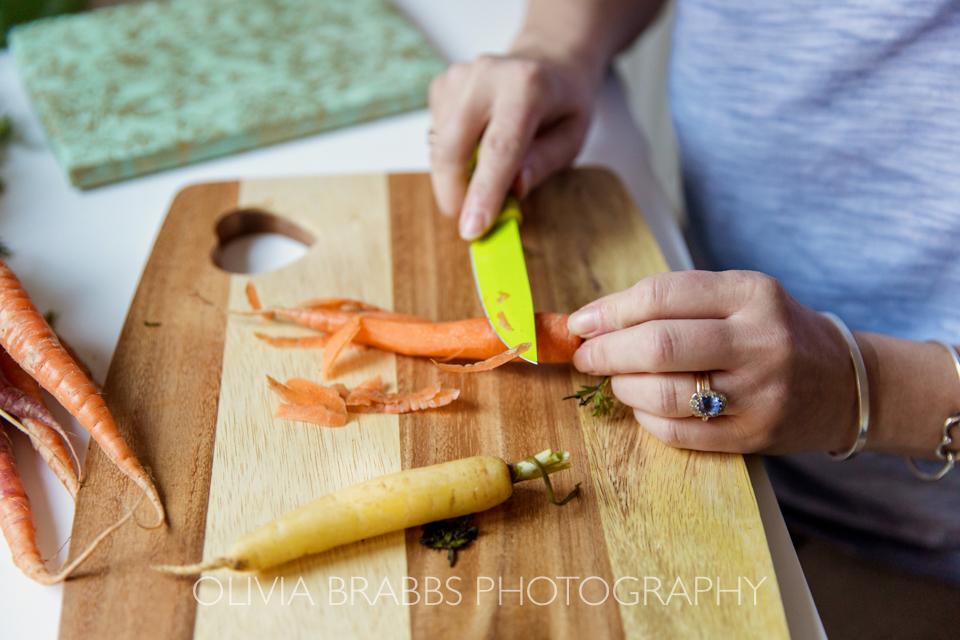 nutritionist preparing vegetables
