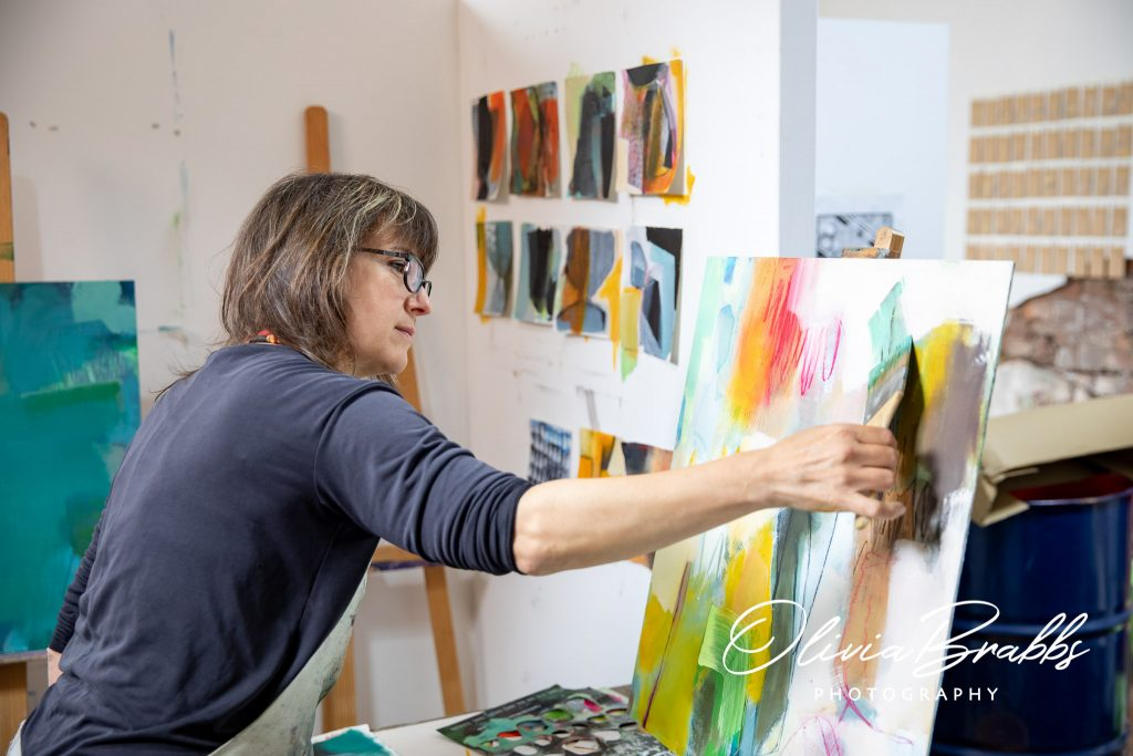 artist emma whiting at work in water house studios york