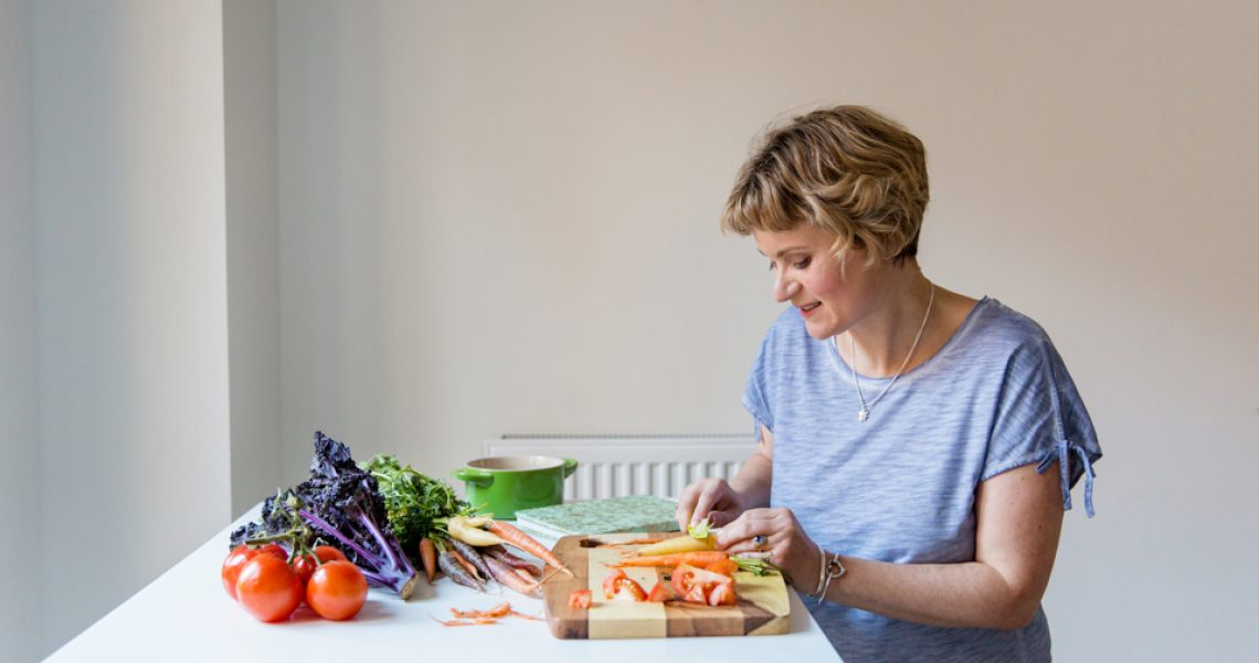 personal branding portrait for nutritionist anna kitts of authentic nutrition